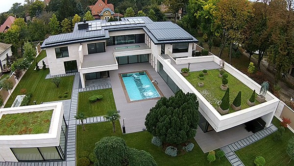 luxury-villa-for-sale-europa
