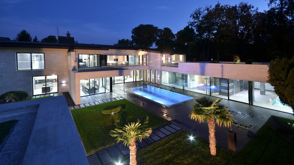 luxurious-villa-in-budapest